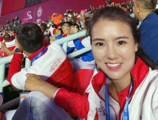 Nữ trọng tài xinh đẹp sau trận Việt Nam Philippines5