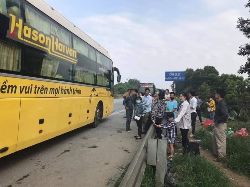"""Hãng xe Hà Sơn Hải Vân ngang nhiên """"thác loạn"""" đường Hà Nội?2"""