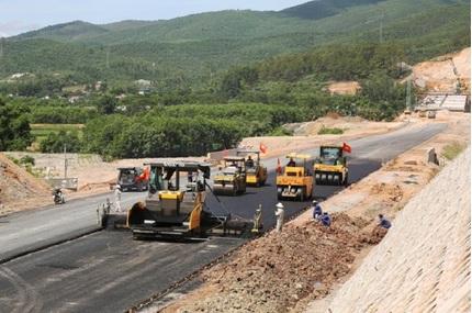 Sở Giao thông Vận tải tỉnh Lai Châu: Doanh nghiệp 'quen mặt' thâu tóm nhiều gói thầu sát giá