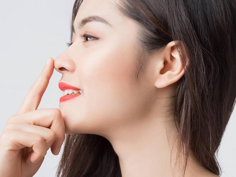 giảm khô mũi rát họng
