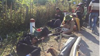 Xe Trung tâm dạy nghề trẻ tàn tật đâm vào vách núi, 2 người tử vong