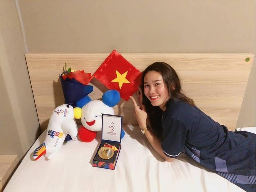 Ảnh đời thường xinh đẹp của nữ VĐV Nam Định lần đầu dự SEA Games 10