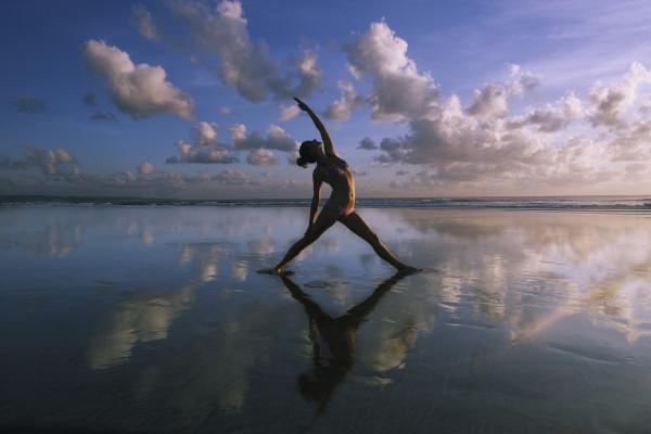 Yoga mang lại lợi ích gì cho cột sống?