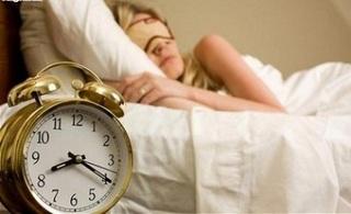 Ngủ quá 9 giờ một đêm làm tăng 85% nguy cơ đột quỵ