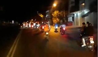Cảnh sát nổ súng khống chế hàng chục 'quái xế' tổ chức đua xe náo loạn đường phố