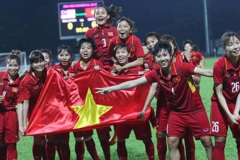 số tiền khổng lồ đội tuyển nữ Việt Nam nhận được sau SEA Games