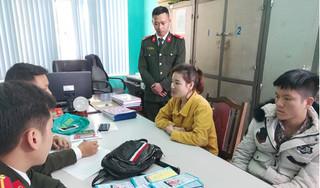 Nữ công nhân ở Quảng Ninh tuyên truyền Pháp luân công trái phép