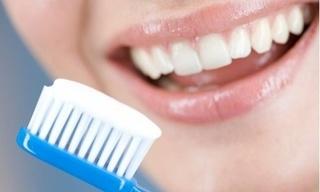 Mẹo nhỏ làm trắng răng nhanh hiệu quả bất ngờ