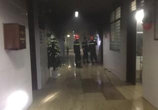 Bệnh nhân châm lửa đốt bệnh viện, hành hung điều dưỡng giữa đêm