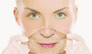 Thực hư công dụng 'cải lão hoàn đồng' khi bôi collagen