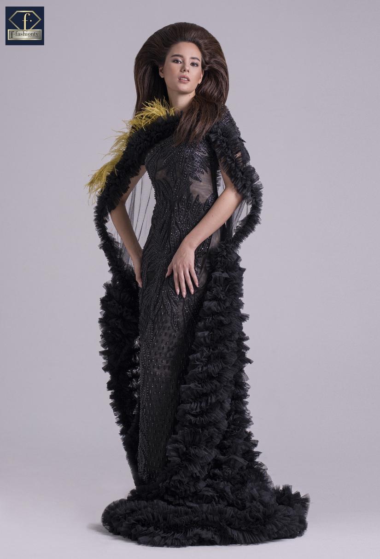 Hoa hậu Hoàn vũ Catriona Gray khoe vẻ đẹp vạn người mê trong váy của NTK Tuyết Lê