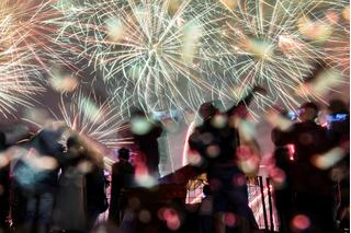 Vì sao phải mất 26 tiếng để mọi quốc gia được chào đón năm mới?