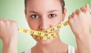 Nhịn ăn để giảm cân khiến hơi thở hôi