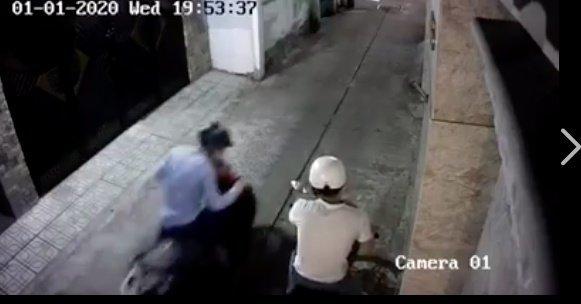 Ngủ quên không khóa cửa, Hồ Quang Hiếu bị trộm xe SH