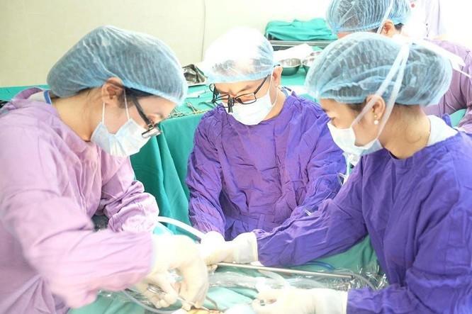 Ca phẫu thuật giúp cô gái trẻ 'không âm đạo' trở thành phụ nữ đúng nghĩa