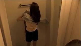 Người tình cũ đến nhà lắp camera quay trộm vì lý do đáng ghê tởm