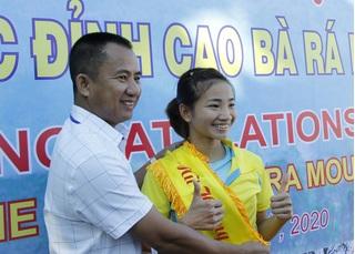 Nhà vô địch SEA Games 30 lên ngôi 'nữ hoàng leo núi Bà Rá' 2020