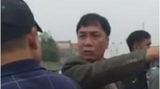 Chủ tịch xã xưng 'mày tao', thái độ phản cảm với dân khi đi xử lý cầu xây trái phép