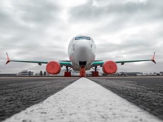 Máy bay chở 180 hành khách rơi ở Iran