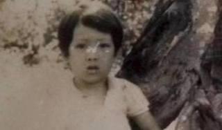 Trường Giang khoe ảnh thời thơ ấu, fan ngạc nhiên vì 'nhan sắc 30 năm không đổi'