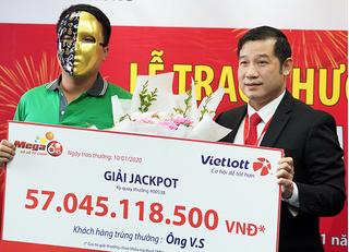 Tài xế Grabbike trúng Vietlott 57 tỷ đồng vẫn cần mẫn chạy xe ôm