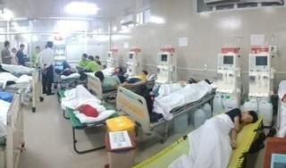 Hơn 100 học sinh nhập viện nghi do ngộ độc thực phẩm khi đi dã ngoại