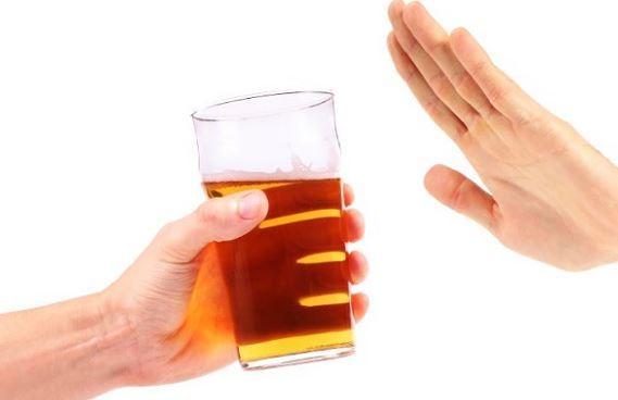 Giảm tiêu thụ rượu để chống lại căn bệnh béo phì