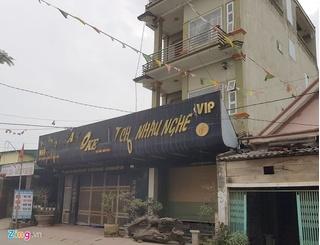 Công an huy động 5 cano, hàng loạt ô tô khách bắt 100 con bạc ở Nghệ An
