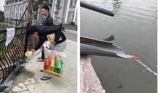 Hà Nội: Người dân thích thú cho cá chép... đi 'cầu trượt'