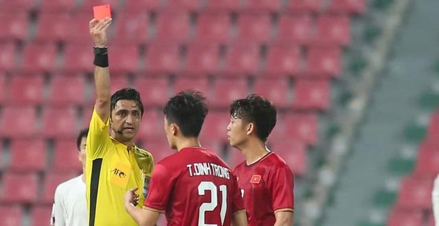 Trần Đình Trọng bị treo giò ở gặp Malaysia tại vòng loại World Cup 2022