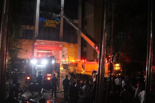 Lời kể phút sinh tử của nạn nhân may mắn thoát chết vụ cháy tòa nhà dầu khí Thanh Hóa - Ảnh 2.