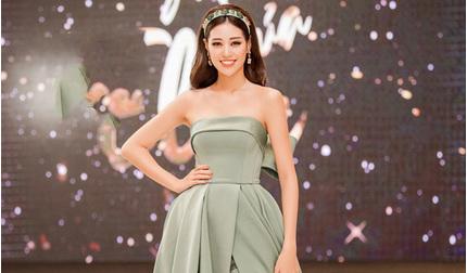 Hoa hậu Khánh Vân đọ sắc cùng Á hậu Lệ Hằng tại Hà Nội