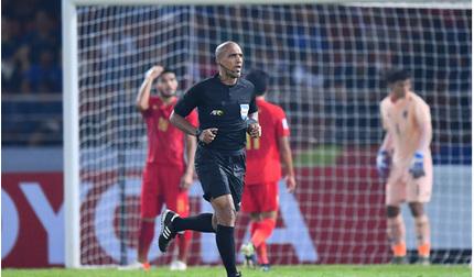 Bức xúc vì quả penalty, Thái Lan khiếu nại lên AFC đòi công bằng