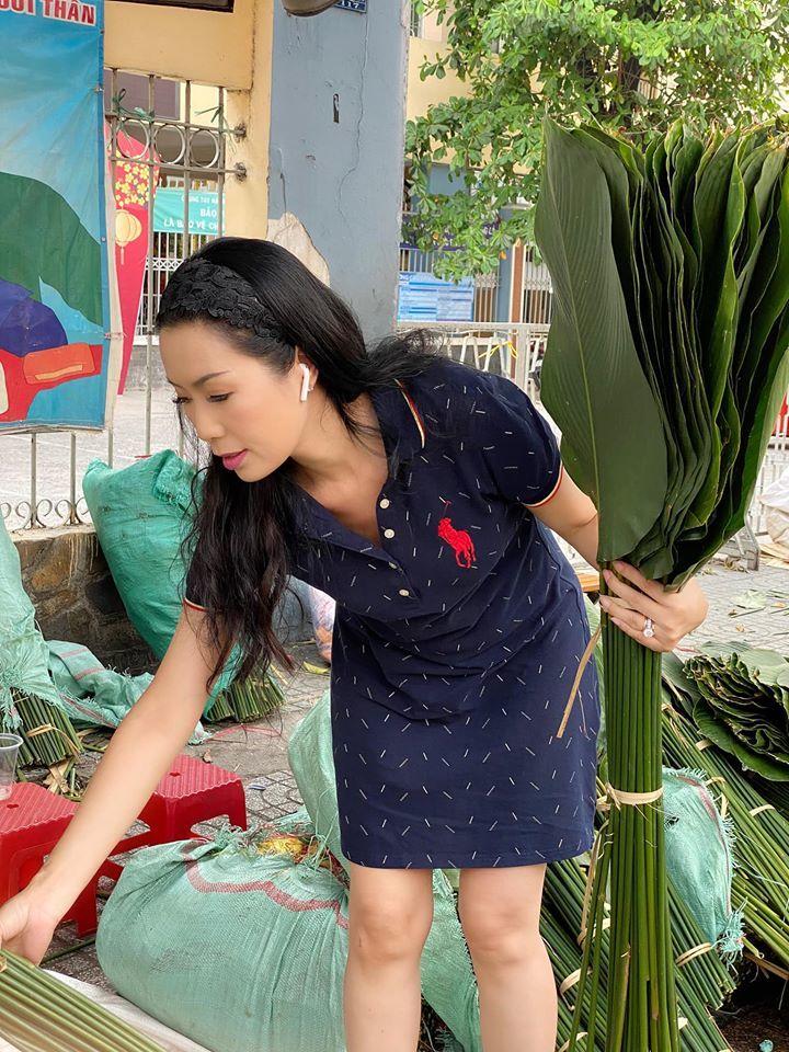 Trịnh Kim Chi tiết lộ bí quyết chọn lá dong đẹp để gói bánh chưng