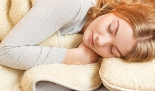 Ngủ mơ nhiều cảnh báo cơ thể bạn đang thiếu hụt những vitamin này