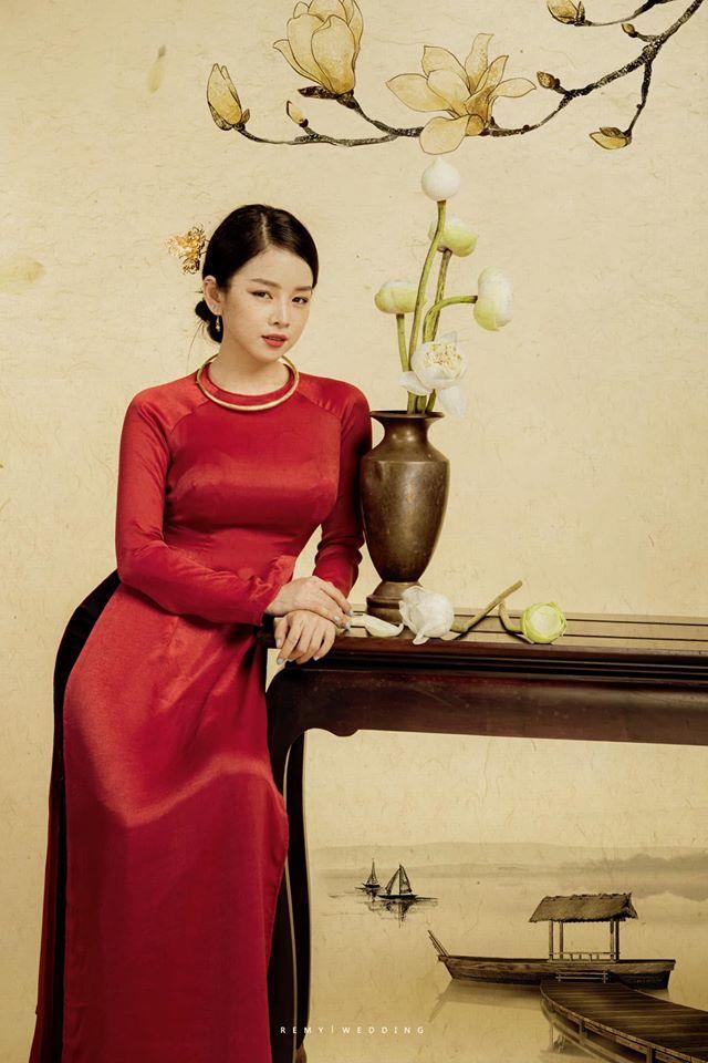 DJ Mie bật mí lý do năm nào cũng chụp ảnh với áo dài truyền thống
