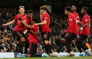 Man United nguy cơ mất hảo thủ ở trận gặp Burnley?