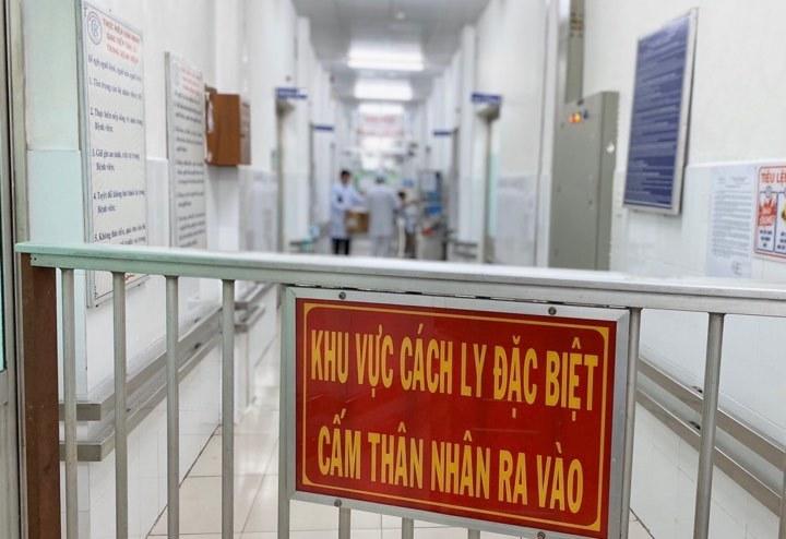 Hai người Trung Quốc đang điều trị tại BV Chợ Rẫy dương tính với virus Corona 2