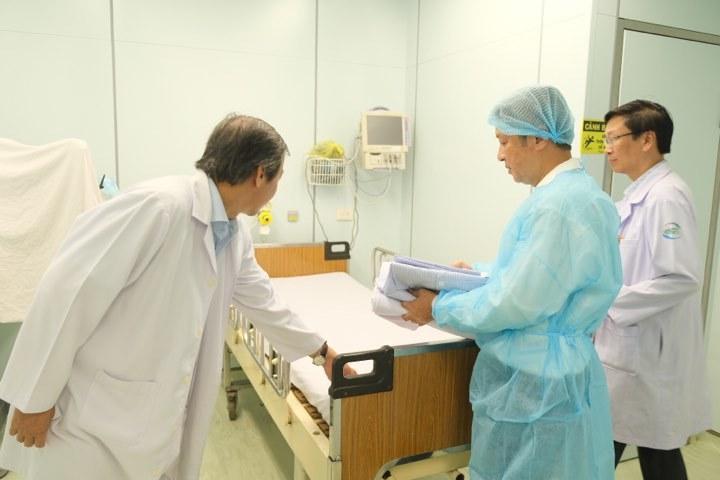 Hai người Trung Quốc đang điều trị tại BV Chợ Rẫy dương tính với virus Corona