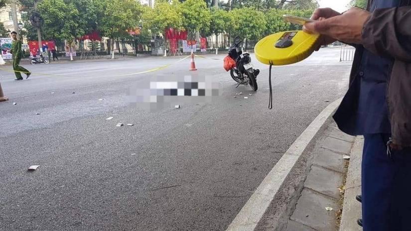 cô gái trẻ chết thảm dưới bánh xe khách ngày 30 Tết
