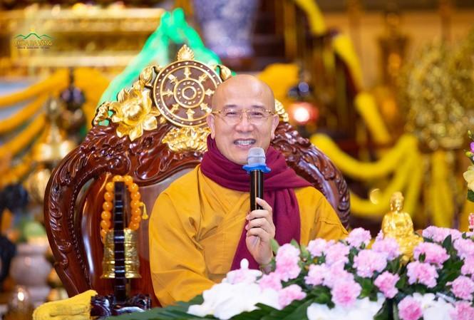 Sư trụ trì chùa Ba Vàng tái xuất, chỉ cách hóa giải nạn dịch virus Corona