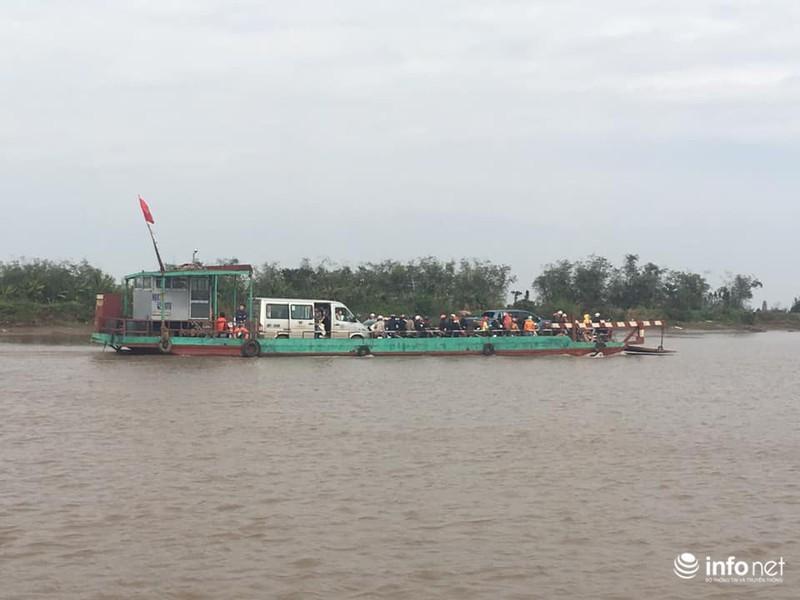 Kinh hãi những chuyến phà 'dỡn' mặt tử thần ở Nam Định - Ninh Bình 9