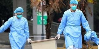 Virus Corona có thể 'bay' tới 2 m lây từ người bệnh sang người thường