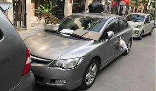 Đỗ xe thiếu ý thức, tài xế nhận được 'lì xì' đáp trả cực gắt