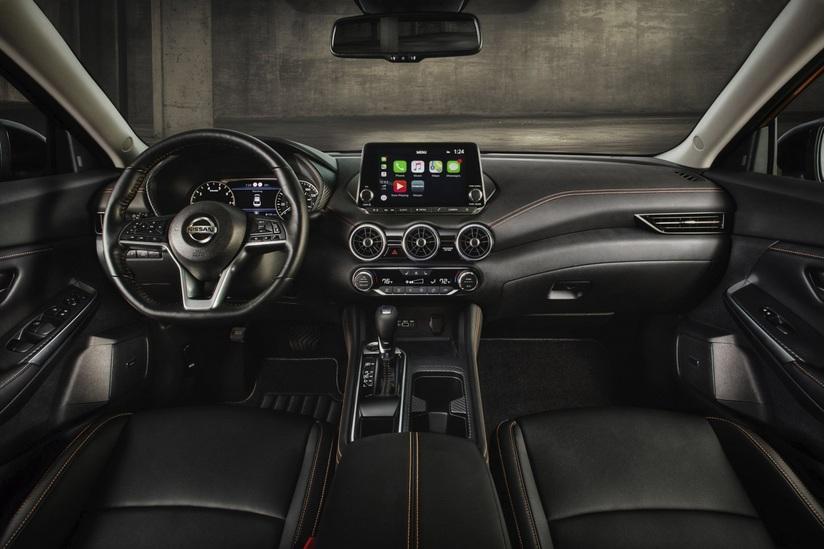 Nissan Sentra 2020 giá từ 442 triệu đồng, quyết đấu với Honda Civic