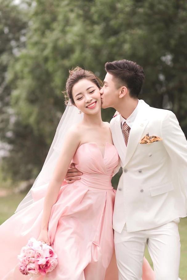 Động thái bất ngờ của Ngọc Nữ khi tình cũ Phan Văn Đức cưới vợ2