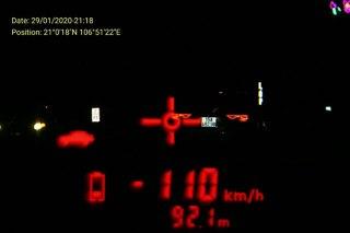 Truy tìm ô tô biển Hải Phòng chạy quá tốc độ, liều lĩnh đâm thẳng vào tổ CSGT