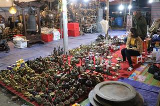Chợ Viềng Nam Định 'bán rủi, mua may' tấp nập trước giờ khai hội