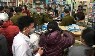 Xử phạt nhiều cửa hàng đẩy giá khẩu trang y tế gấp 7 lần tại Hà Nội