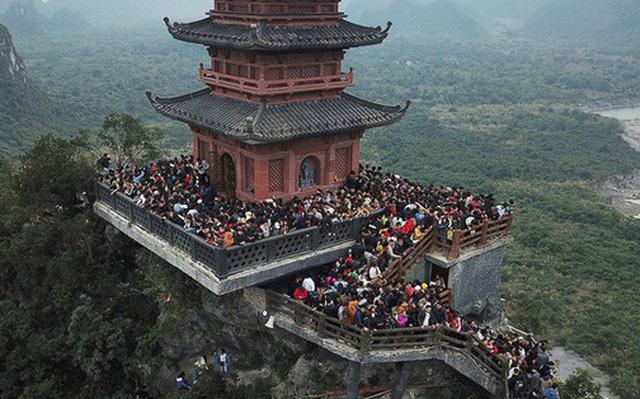 Chùa Tam Chúc thông báo hủy khai hội để chống dịch